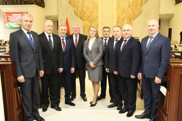 Члены Постоянной комиссии Палаты представителей по национальной безопасности